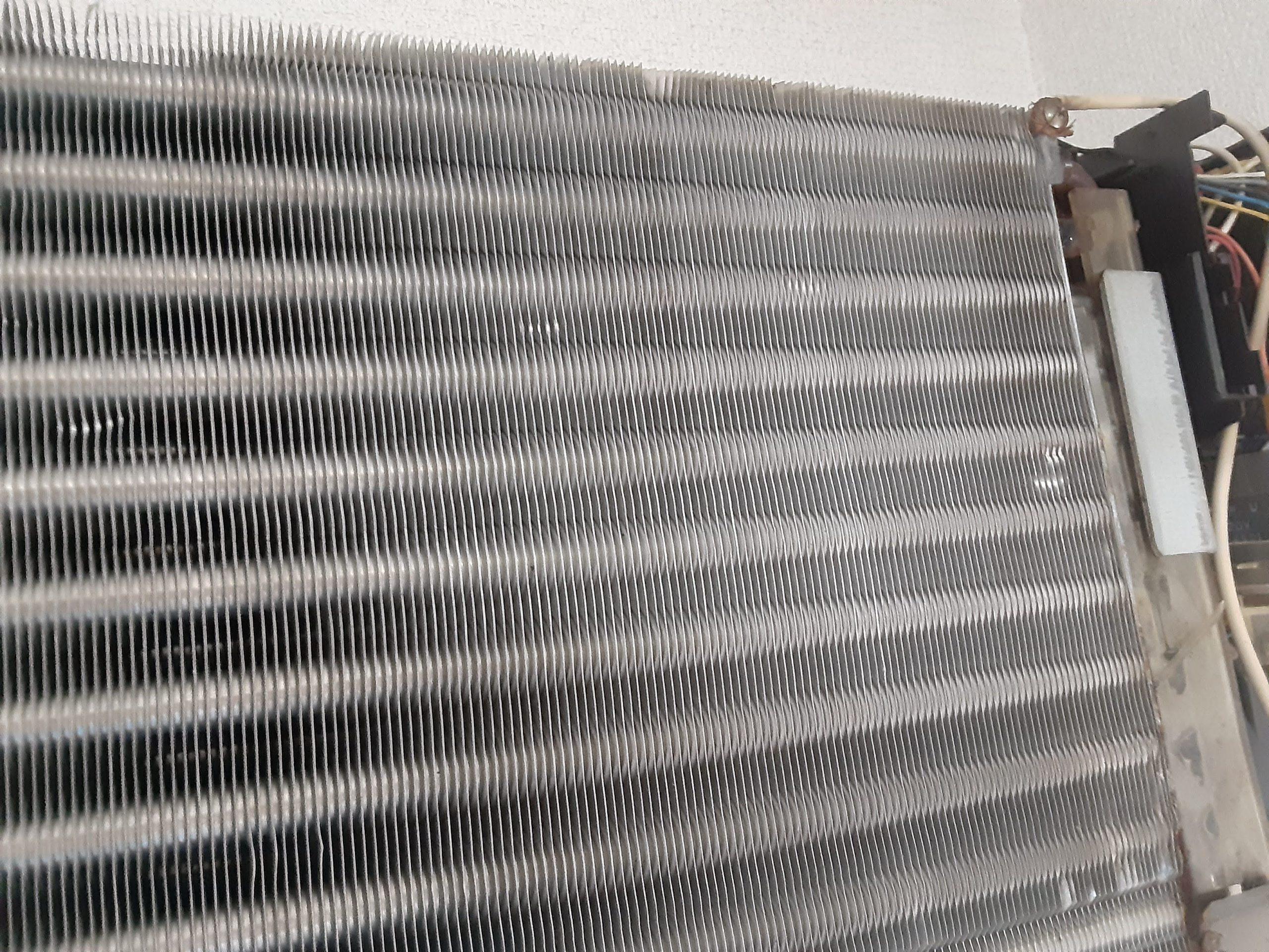 30年前のエアコンクリーニング施工写真